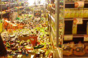 Zemetrasenie v obchode